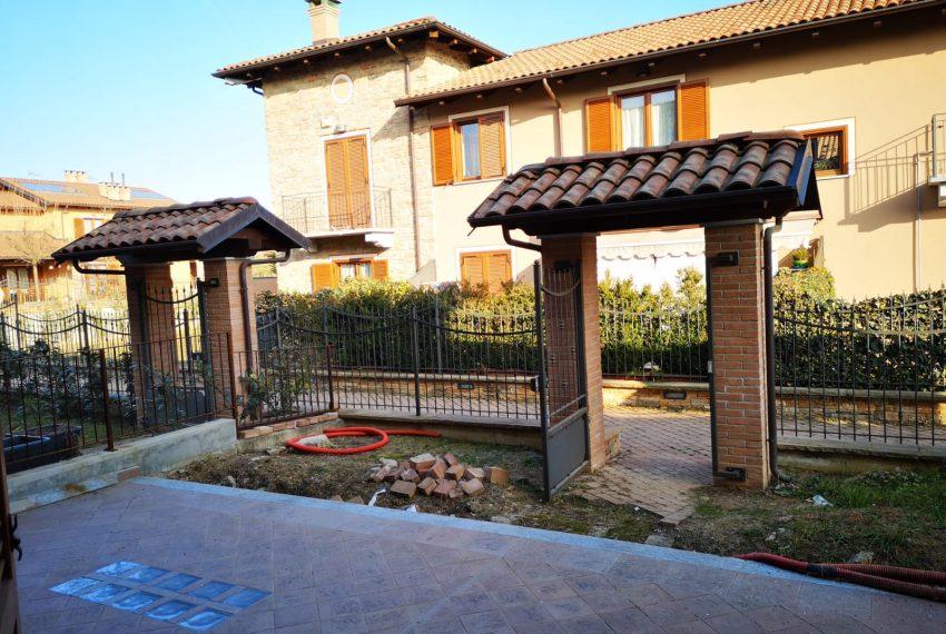 Villa trifamiliare di nuova costruzione in Frossasco