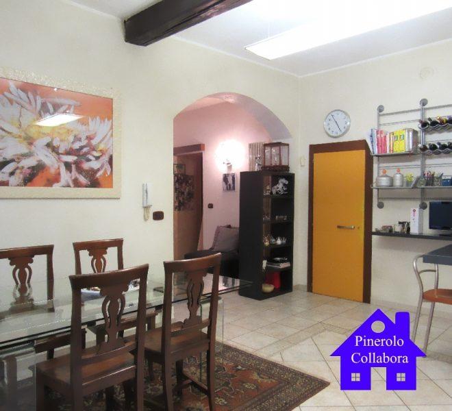 Elegante appartamento nel centro storico di Pinerolo