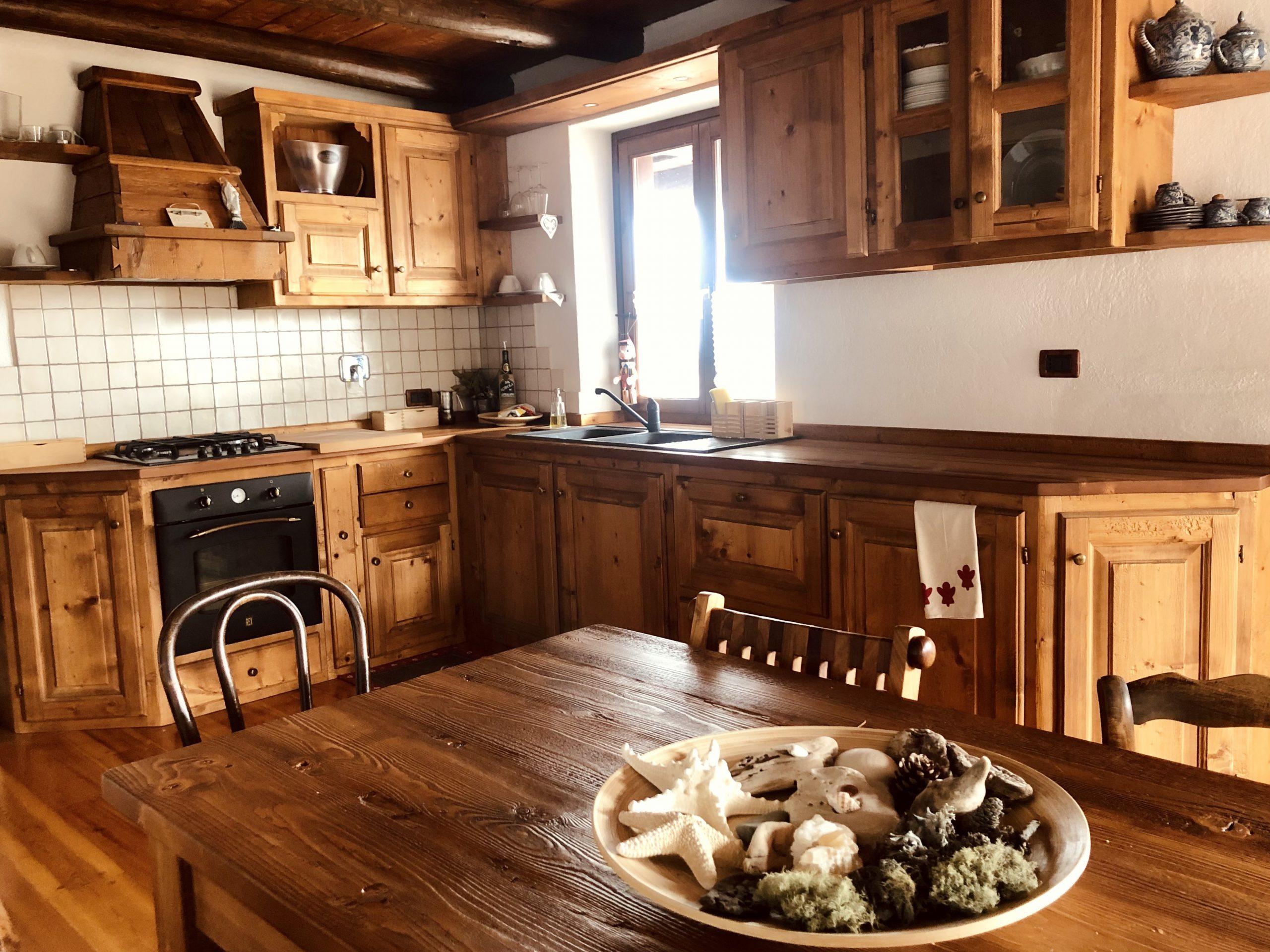 Splendido appartamento nella panoramica frazione di Allevè